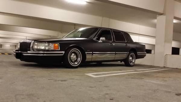 1994 Lincoln Towncar Lowrider Custom Auto Restorationice