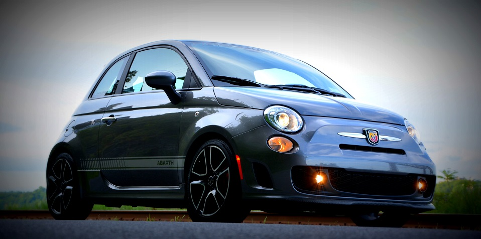 74f1e1558dafe 2012 Fiat 500 Features and Equipment Quick Reference List