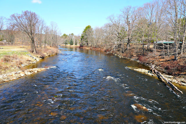 Ashuelot River en Swanzey, New Hampshire