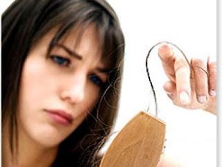 Tips Merawat Rambut Rontok Secara Alami