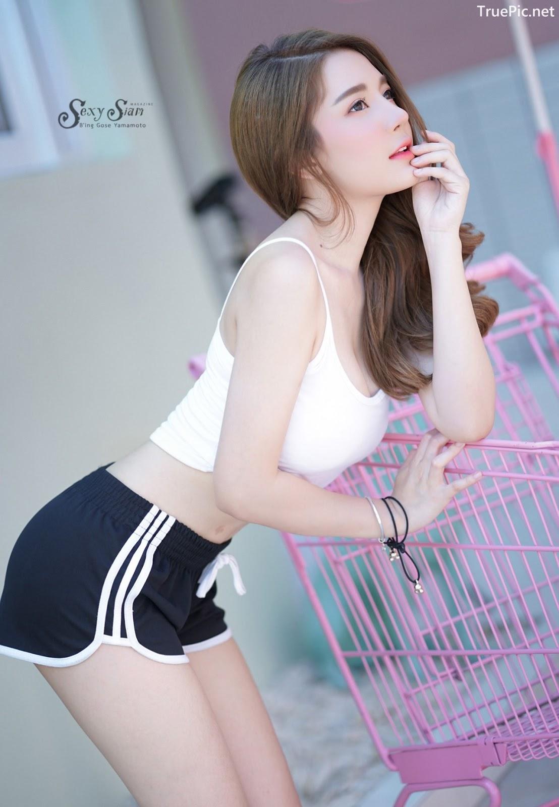 Image Thailand Model - Sasipa Tungmay Jibkrapong - White Crop Top - TruePic.net - Picture-3
