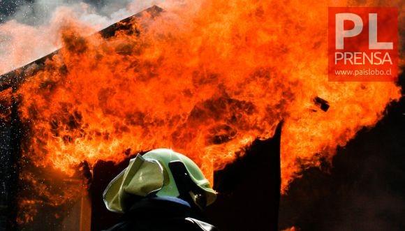 """Osorno: incendio en vivienda de sector rural de """"La Rueda"""""""