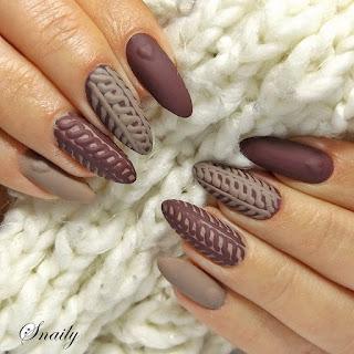 https://snaily-nails.blogspot.com/2017/11/sweterki-w-brazach.html