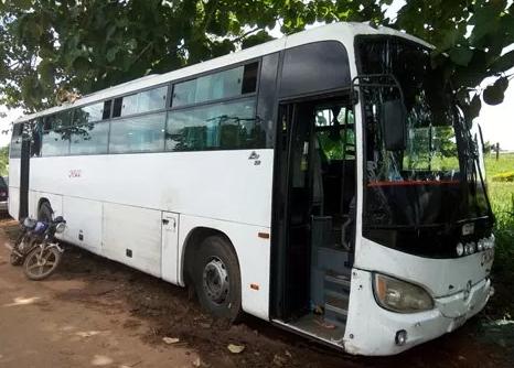 sars police kill robbers hijack luxury bus