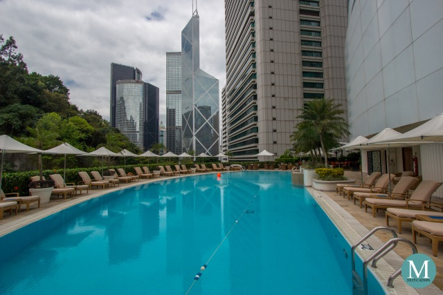 Swimming Pool of Island Shangri-La Hong Kong