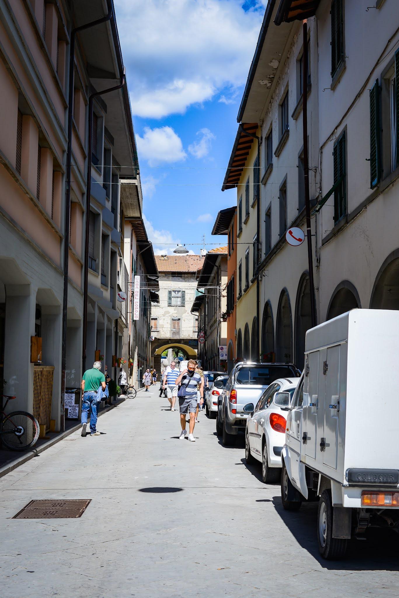 Firenzuola Dom z Kamienia blog o życiu w Italii