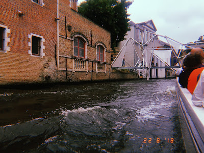bridge on the canal in bruges