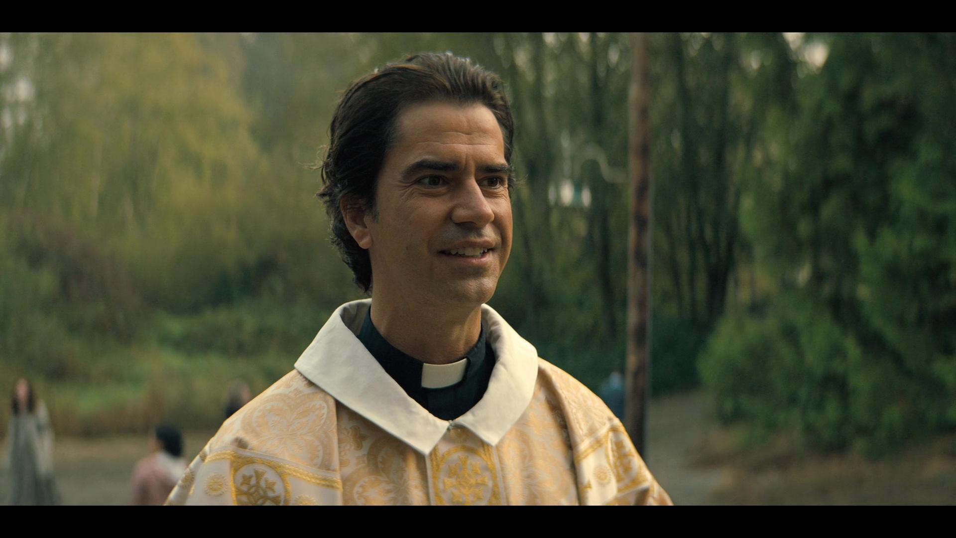 Misa de medianoche (2021) Temporada 1 1080p WEB-DL Latino