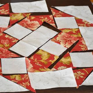 #QuiltBee: Huddle quilt block