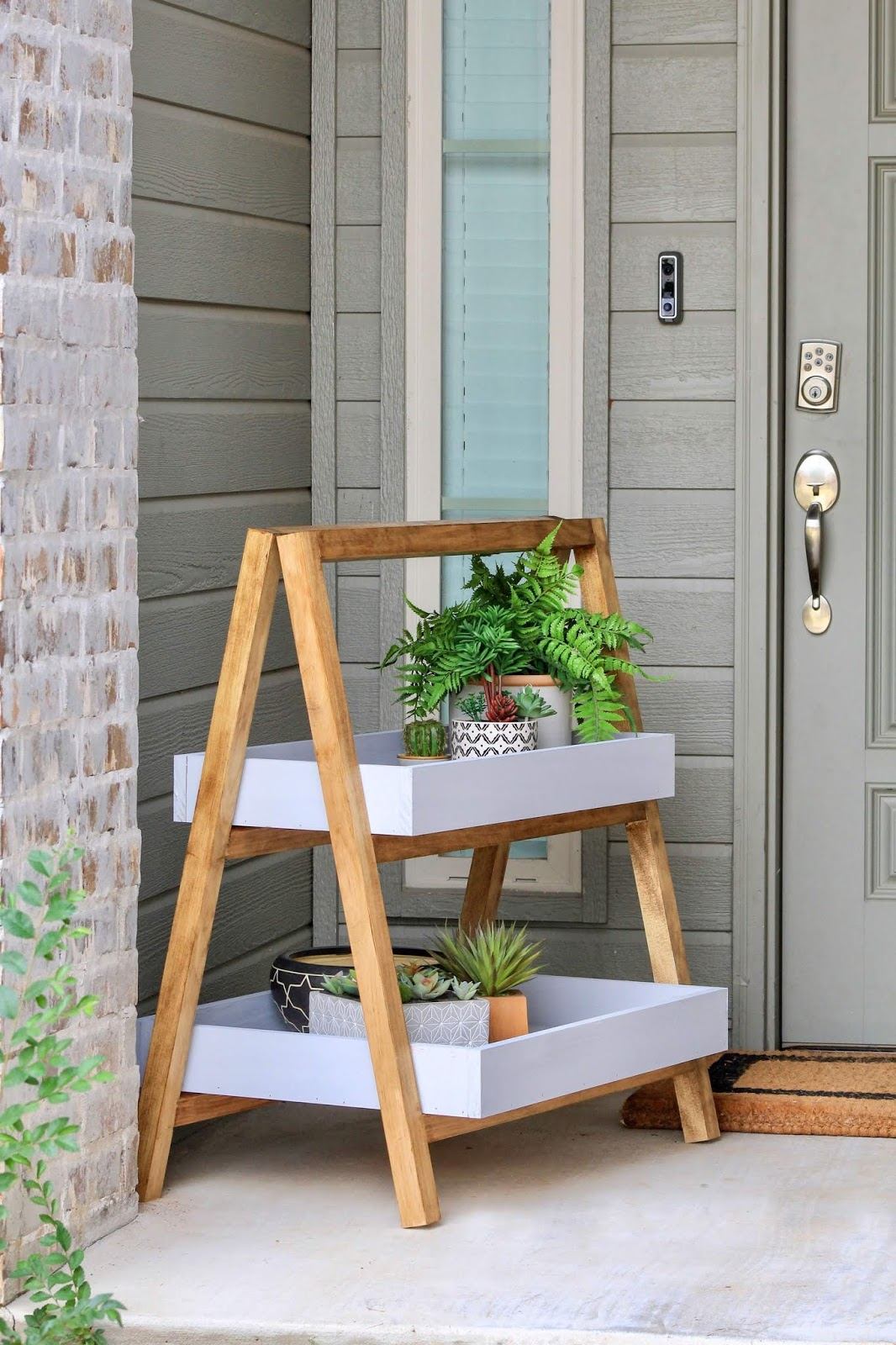 A-frame tray plant stand