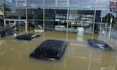 ماذا تفعل لو, مياه الامطار, غرقت سيارتك فى مياه الامطار,