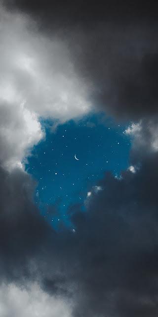Nền trời xanh giữa đêm đẹp tuyệt vời với trăng và sao