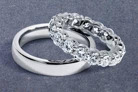 Sự khác nhau giữa nhẫn cưới và nhẫn đính hôn