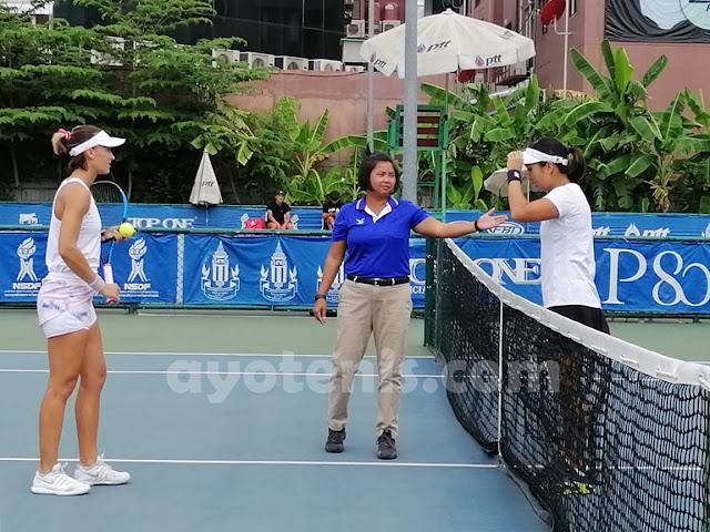 Kalahkan Petenis Prancis, Aldila Sutjiadi Melaju ke Babak 2 ITF World Tennis Tour Thailand 25K. Pekan Kedua