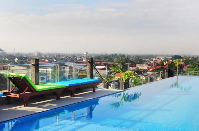 kolam renang hotel pandanaran jogja