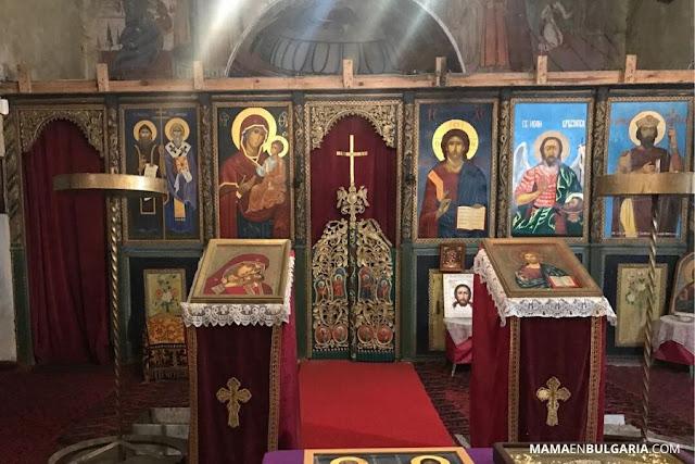"""Monasterio de Gorna Banya """"Santos Cirilo y Metodio"""" iconostasio"""