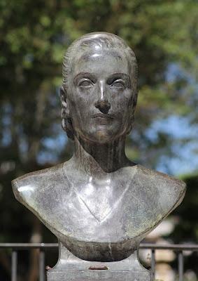 Busto de Eva Perón