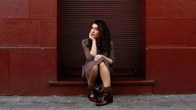 """María Perlita renueva su sonido con el estreno de """"Santiago"""" musica chilena música chilena"""