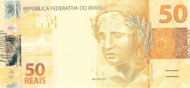 A imagem mostra uma cédula de R$ 50 (cinquenta reais brasileiro)