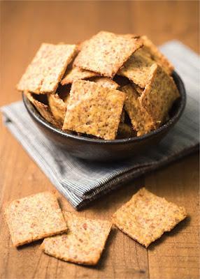 Homemade Keto Cheese Crackers Recipe