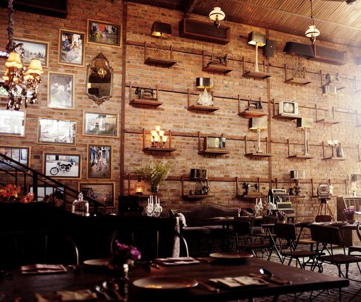 Boiserie c industrial vintage mozzafiato for Arredamento ristorante design