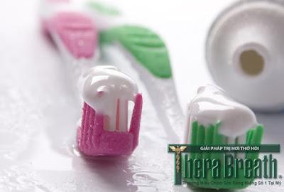 Điều trị hôi miệng hiệu quả khi chọn kem đánh răng tốt