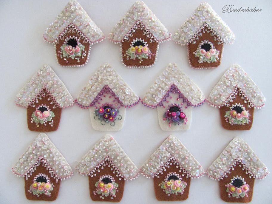Papirolas coloridas adornos navide os con abalorios y - Adornos arbol navidad fieltro ...