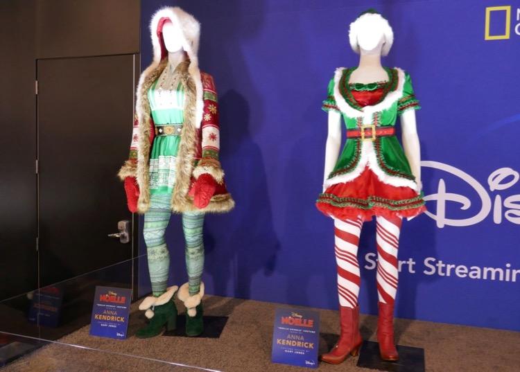 Anna Kendrick Noelle film costumes