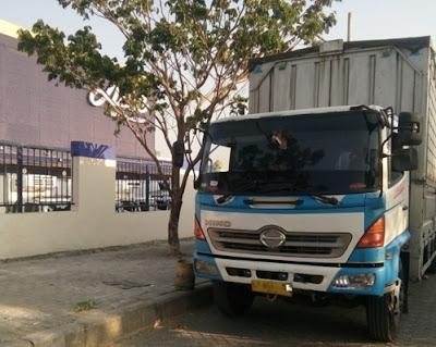 Sewa truk wingbox Jakarta Mojokerto