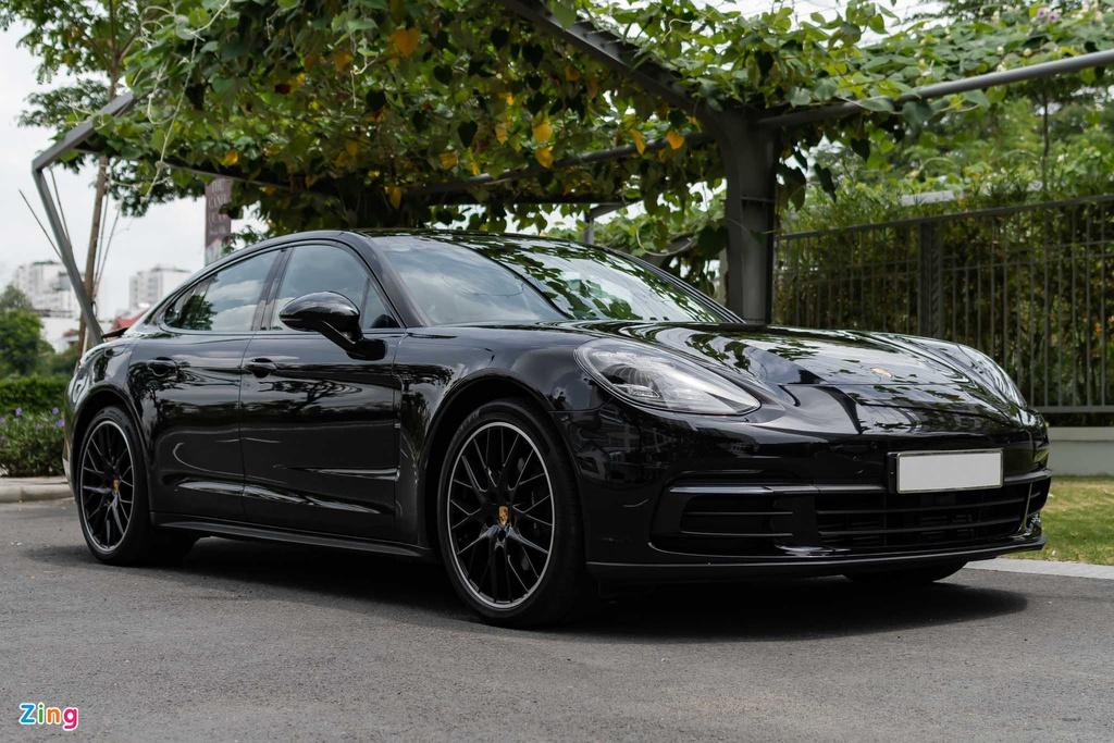 Chi tiết Porsche Panamera được trang bị bộ mâm giá 270 triệu đồng