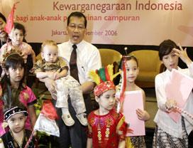 Information A - Perkawinan Campuran, Pencatatan Perubahan Status Kewarganegaraan Anak Yang Lahir Dari Perkawinan Campuran Telah Memilih Menjadi Wni Atau Wna