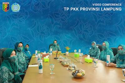 Tim Penggerak PKK Provinsi Lampung Bantu Penanganan Covid-19 Hingga Tingkat Kecamatan