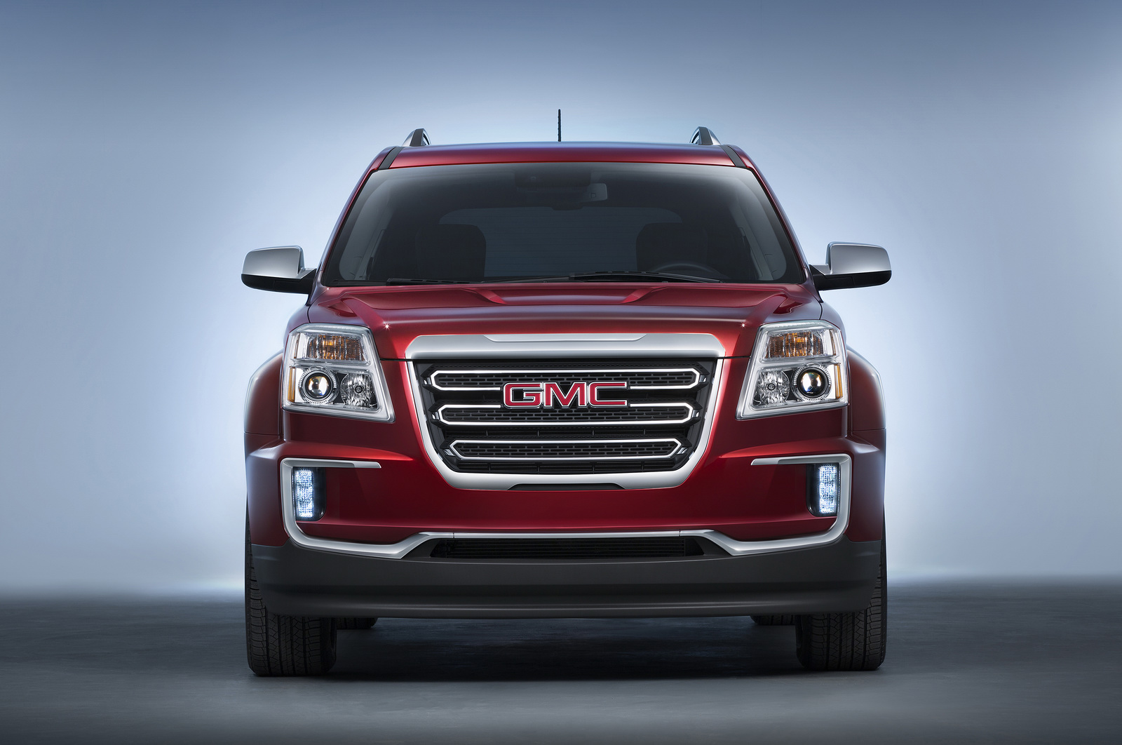 new chevrolet traverse and gmc terrain to launch in detroit carscoops. Black Bedroom Furniture Sets. Home Design Ideas