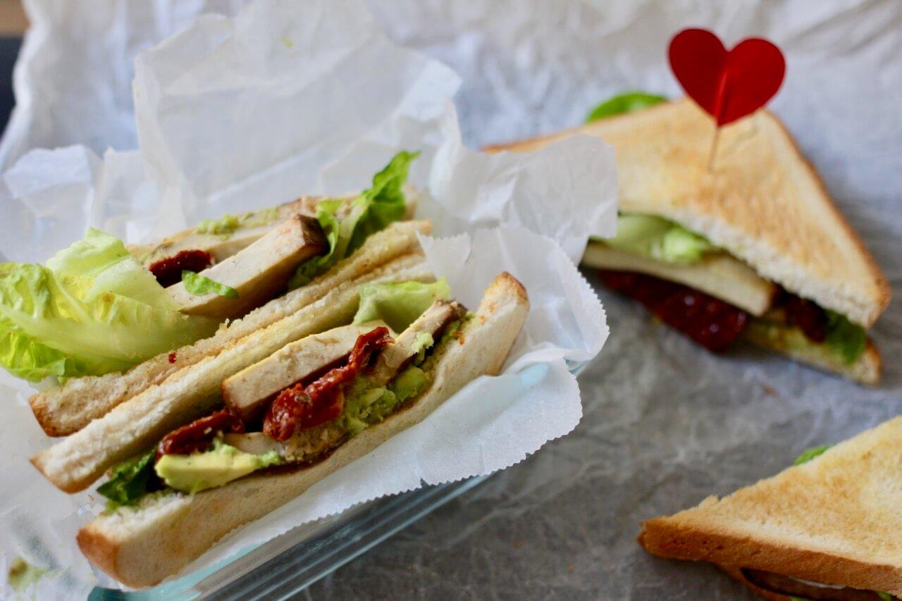 Veganes Club Sandwich Rezept  mit Cashew Mayonnaise