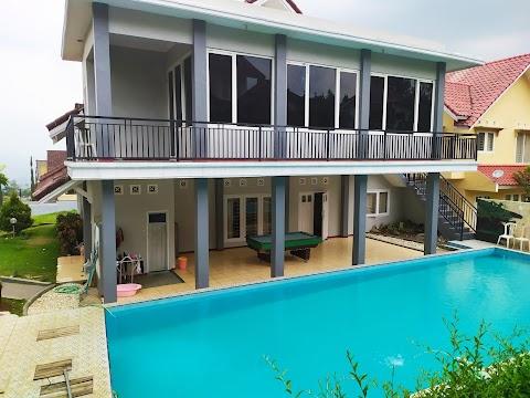 Villa Fasilitas Kolam Renang Private - 5 Bed Room