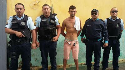 Policiais militares de Mucambo prendem acusado de tráfico de drogas