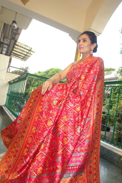 Red Ikat patola Kani saree