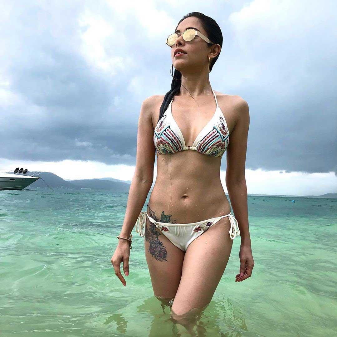 Nushrat Bharucha Hot and Sexy,Nushrat Bharucha Bikini