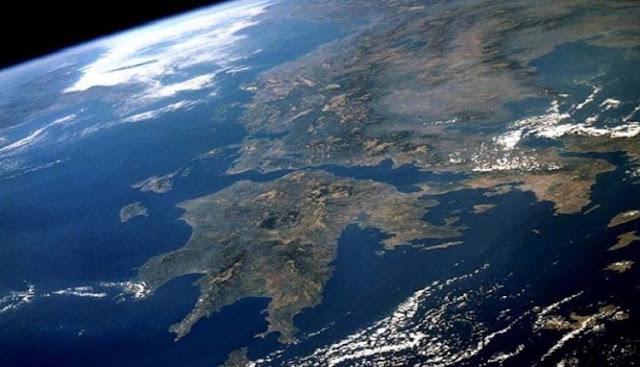 Αυτές οι περιοχές της Ελλάδας κινδυνεύουν να βυθιστούν κάτω από το νερό ως το 2050