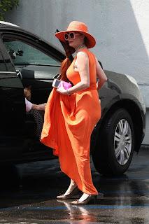 Phoebe-Price-Pantyless-shopping-at-Petco-in-Studio-City.-57dbt92ybb.jpg