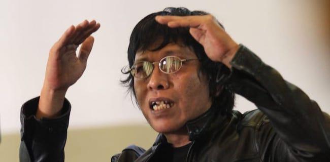 Adian Sarankan Jokowi Cari Menteri Double Gardan, Jangan Yang Kena Lumpur Langsung Macet