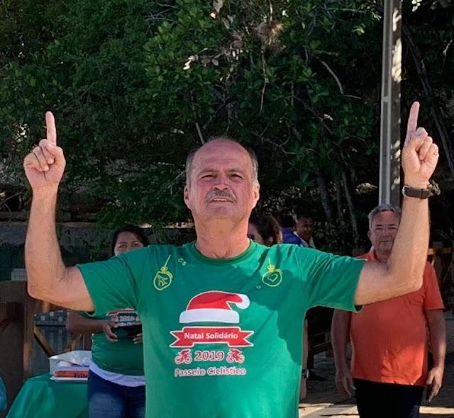 Neto Moura infla a máquina pública e ultrapassa limite de gasto com pessoal