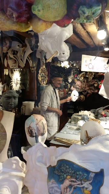 Hamid Bandar, owner and mask maker at Ca Del Sole since 1986