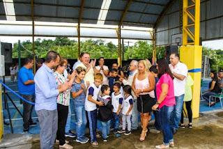 Prefeito de Registro-SP entrega obras de reforma e inaugura duas quadras poliesportivas