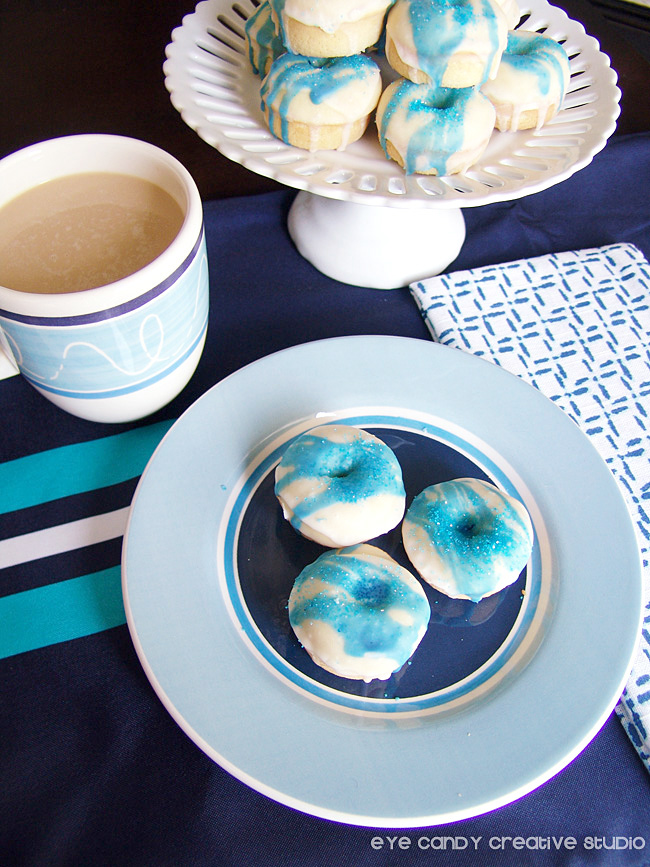 baked donut recipe, blue stripes, coffee, cake stand, breakfast donuts