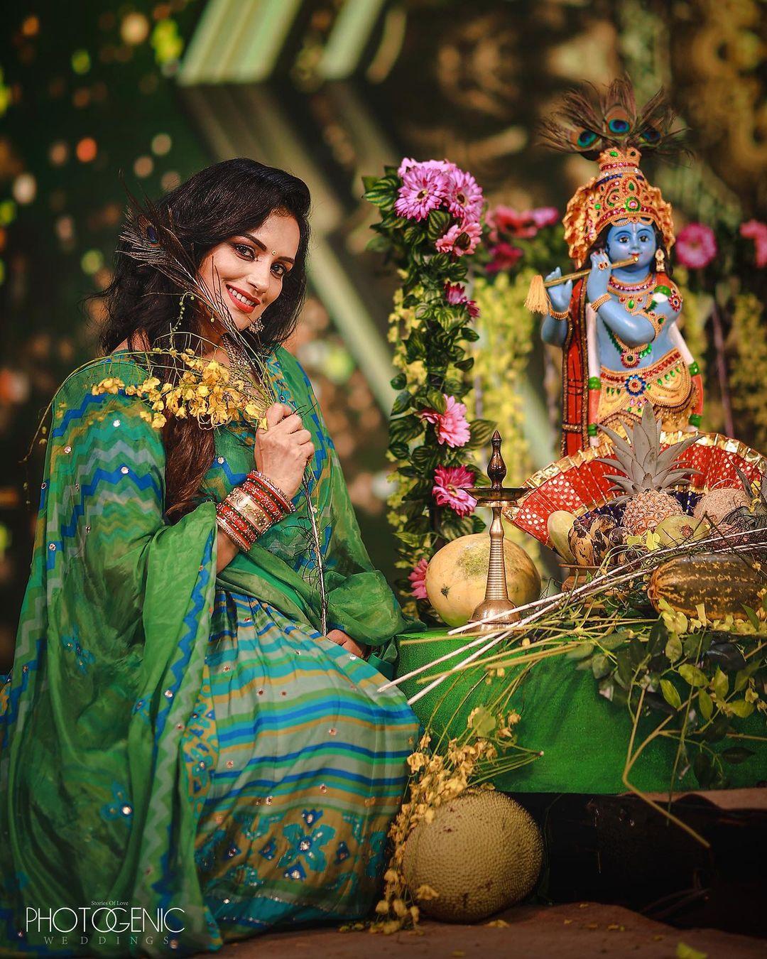 South Indian Actress Shwetha Menon in Star Magic Show