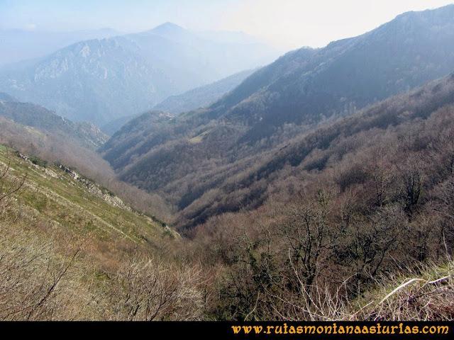 Ruta peña Manteca o Horru: Valle hacia San Esteban