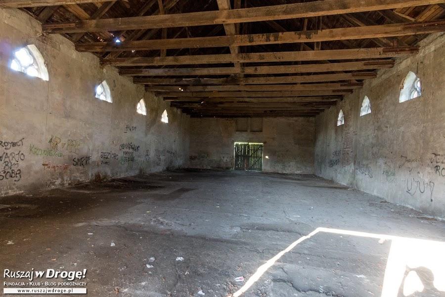 Jezioro - dawny mennonicki dom modlitewny