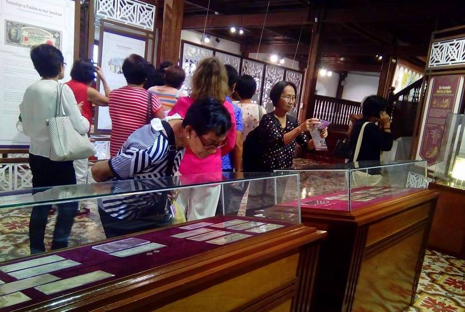 Senior Citizens tours PH Museum of Economic History