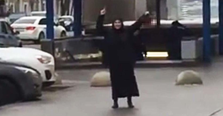 Niñera terrorista decapita niña que cuidaba